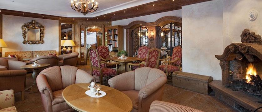 Hotel Schönegg, Zermatt, Switzerland - hotel bar.jpg